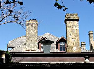 Stock de fotos gratis tejados y chimeneas tacluda - Tragaluces para tejados ...